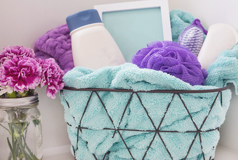 A relaxing gift basket | Home Tips Plus